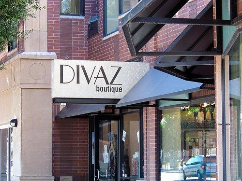 Shop that Sizzles: Divaz Boutique