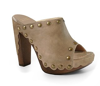 spring 2011 fashion trend clogs