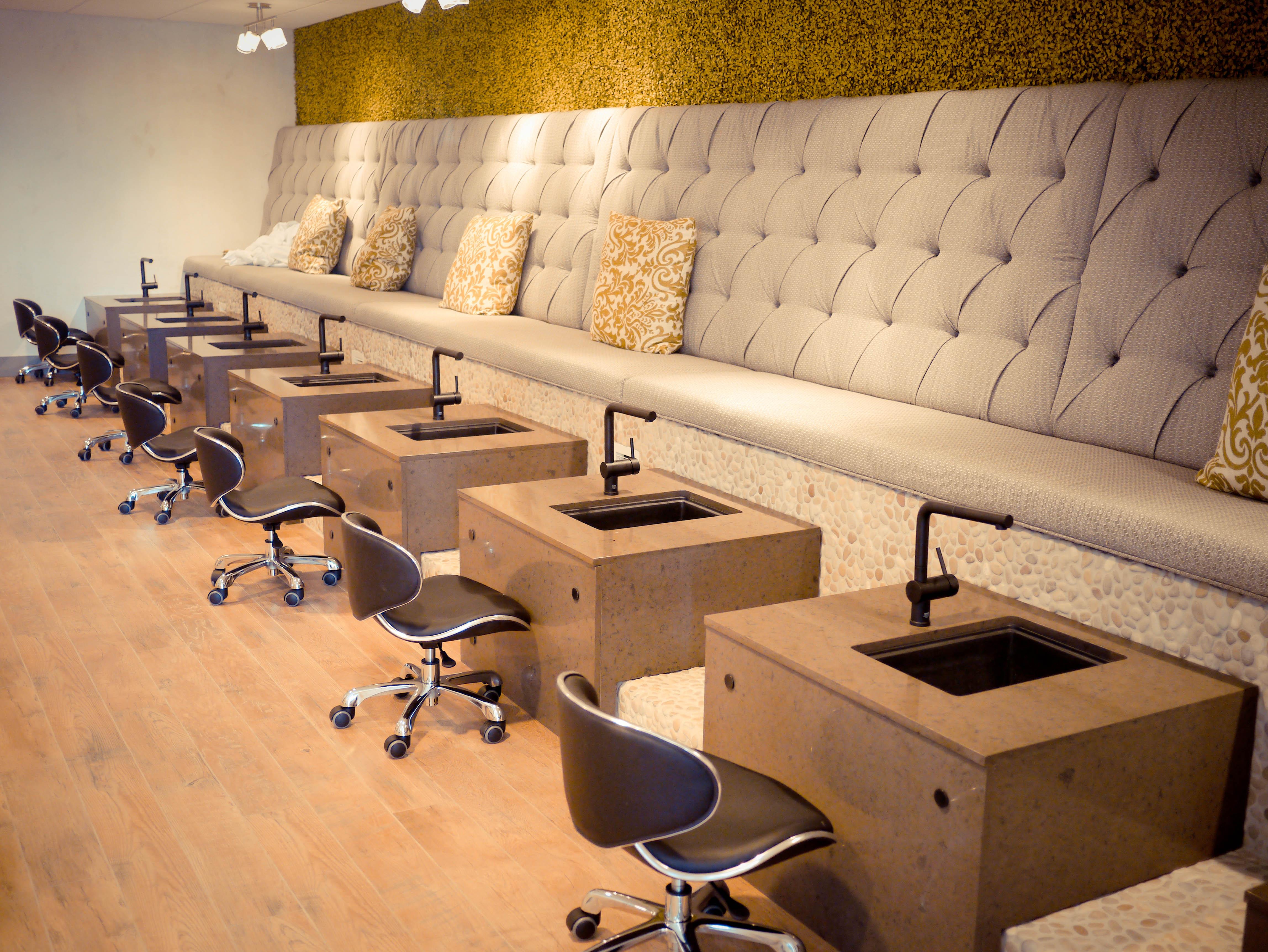 Nail Spa Salon: Terés Scottsdale Grand Opening: Cheap & Chic Nail Salon