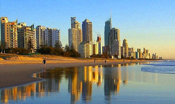 gold coast australia queensland beach