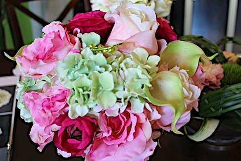 {Wedding Wednesday} DIY Floral Centerpieces