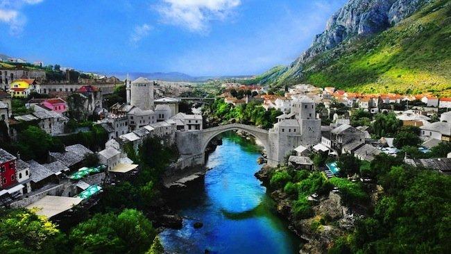 bosnia herzegovina mostar old town