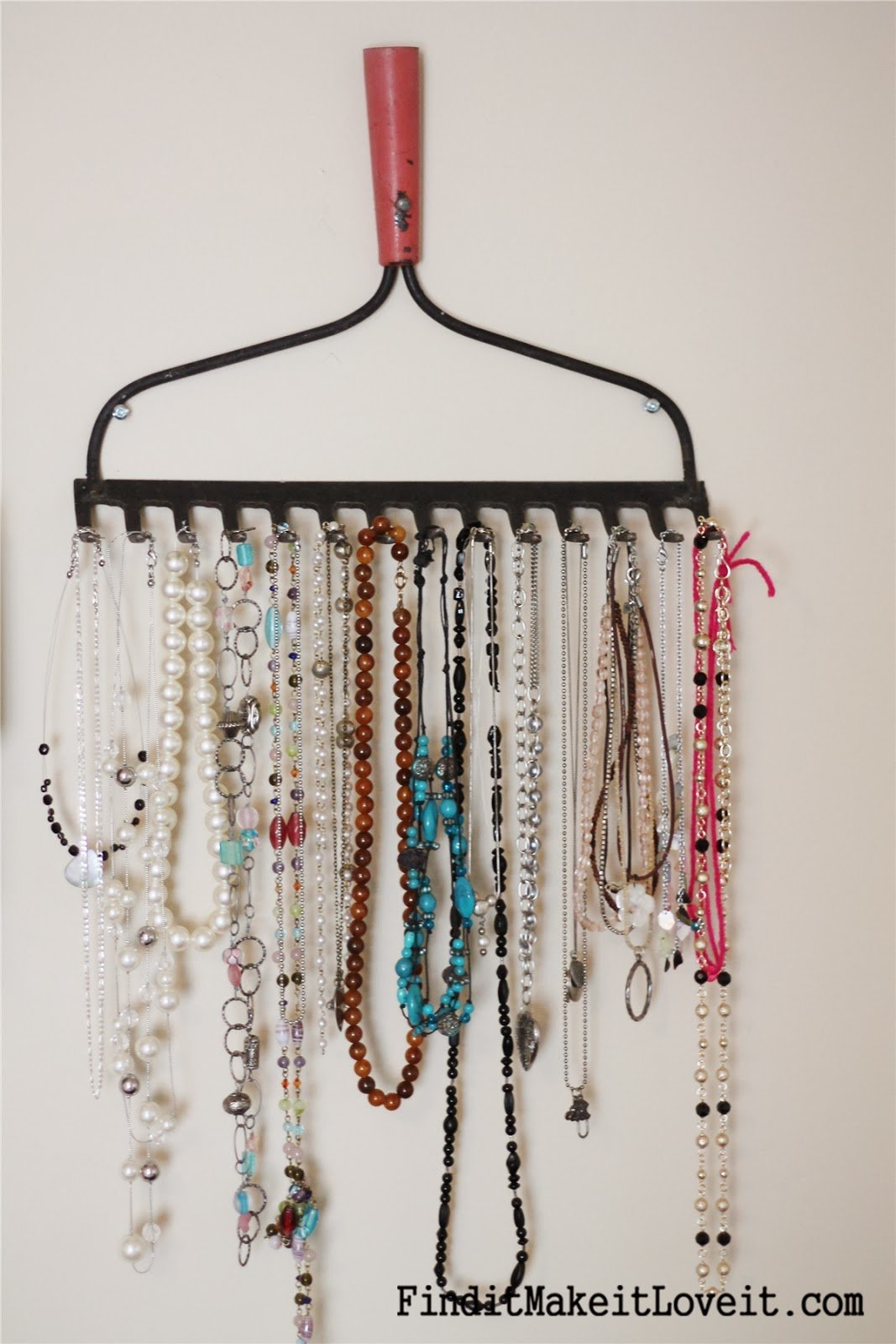 Six Creative Jewelry Storage Ideas