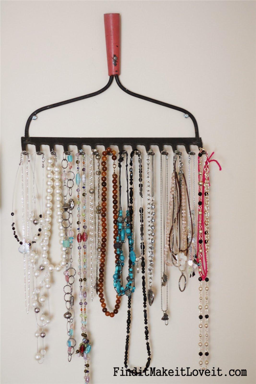 Six creative jewelry storage ideas for Clever ways to store jewelry