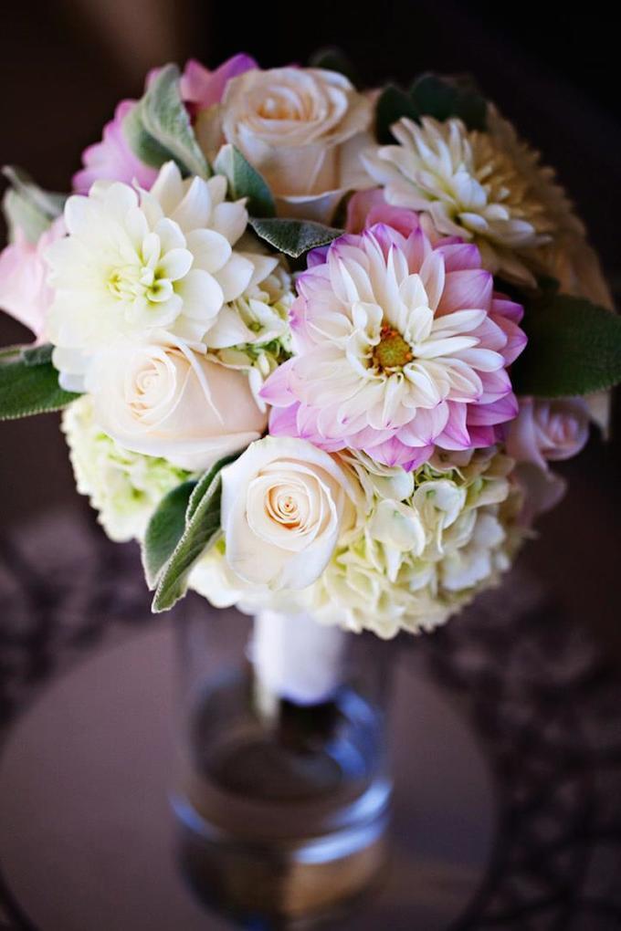 dahlia hydrangea wedding flowers