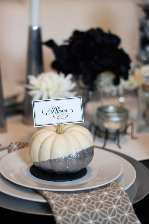 spooky-but-elegant-halloween-wedding-table-settings-25-500x750