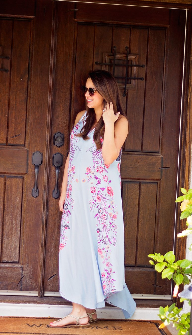 How to wear a summer maxi dress, pick beautiful bright colors like this Free People Ashbury dress! Click to see how I styled the rest of this look.