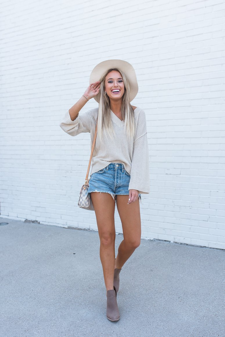 how to transition from summer to fall fashion sweater and shorts outfit