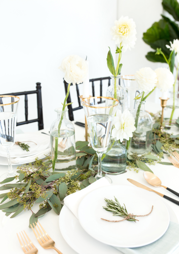 How to Create a Gorgeous Modern Thanksgiving Tablescape