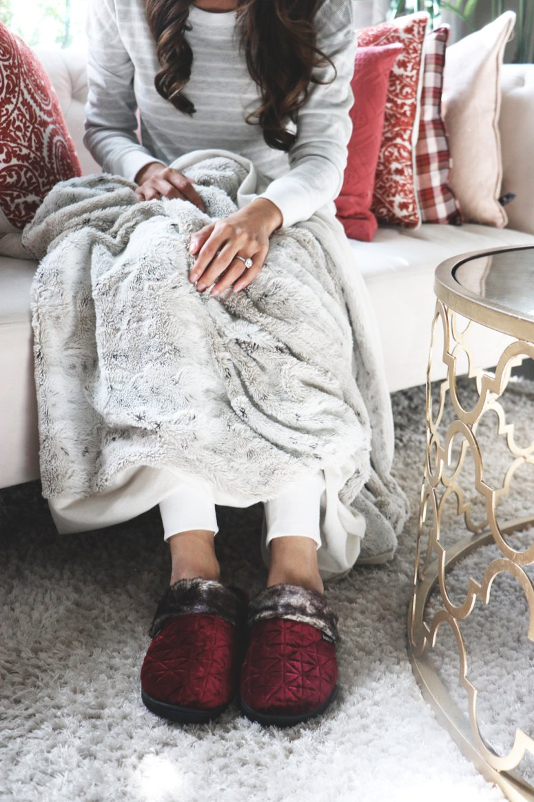 Keeping warm and cozy in my Isotoners | LifewithMar.com