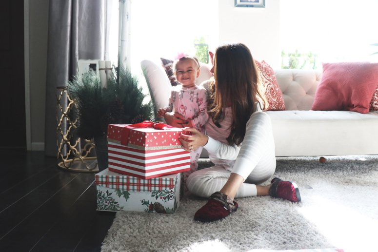 The best house slippers, Isotoners! These luxury slippers are cute, comfy and supportive | LifewithMar.com | Mom with baby and presents in PJs